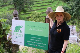 Susie Porter visiting ChangChill elephant-friendly venue in Thailand