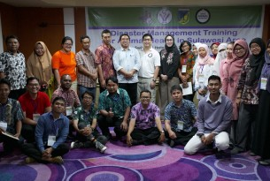 Training vets in risk reduction after the Sulawesi tsunami